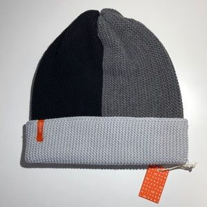 NWT Verloop Colorblock Knit Hat